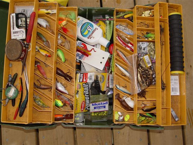 Tackle boxes for Wallleye fishing